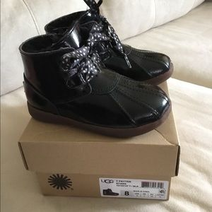 UGG black winter shoes for toddler 8